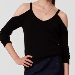 NWOT 🌈 Harper Lane Cold Shoulder V-Neck Sweater